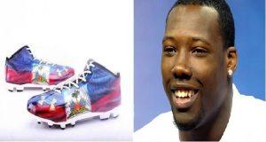 Monde: Jason Andrew Pierre Paul de New York Giants  dévoile ses chaussures pour la nouvelle saison