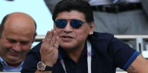 Mondial Russie 2018: La Fifa dénonce les «insinuations» de Maradona sur la performance des arbitres
