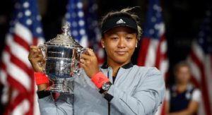 Naomi Osaka remporte la finale des Internationaux de tennis des États-Unis contre Serena Williams