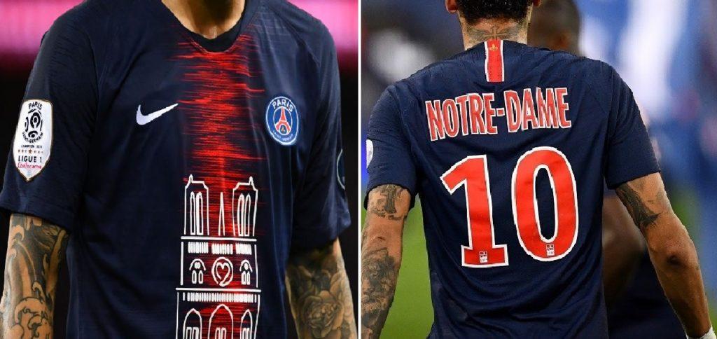 Monde: Les 1.000 maillots floqués de l'image de la cathédrale Notre-Dame vendus en moins de 30 minutes
