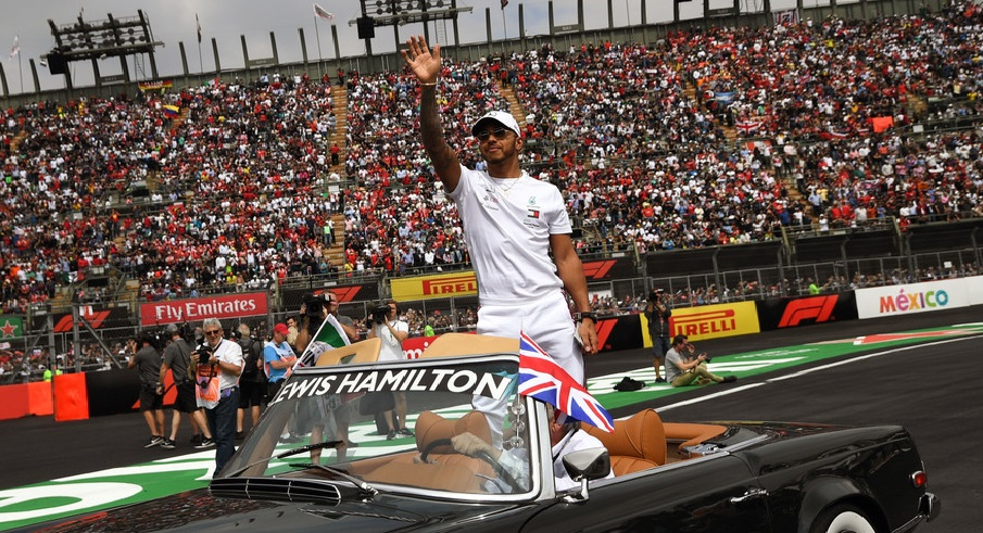 Lewis Hamilton sacré champion du monde de Formule 1 pour la 6e fois