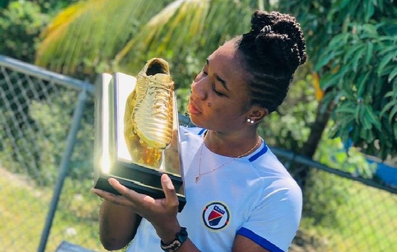 Haïti: Melchie Daelle Dumornay « Corventina »  reçoit finalement son soulier d'or